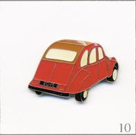 Pin's Automobile - Citroën / 2 CV N°03. Estampillé ©️ Qualité Collector. Epoxy. T639-10 - Citroën