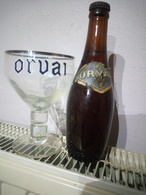 Ensemble Verre A Bière Orval émaillée + Ancienne Bouteille D'Orval Pleine - Verres