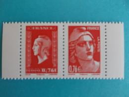 TIMBRE : PAIRE De Carnet 4991 , Avec Les Timbres 4991 Et 4992 , XX,en Parfait état - Nuovi