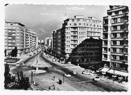 GRENOBLE - N° 1147 - PLACE GUSTAVE RIVET ET AV. ALBERT 1er  AVEC VIEILLES VOITURES - CPSM GF NON VOYAGEE - Grenoble