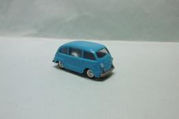 EKO - FIAT 600 MULTIPLA Bleu HO 1/87 - Véhicules Routiers