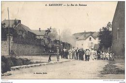 RAUCOURT ..-- TRAM . Le TORTILLARD Se Dirige Vers SEDAN Et CORBION . 1922 Vers ORLEANS ( Mr Mme LEVACHER ) . - Sedan