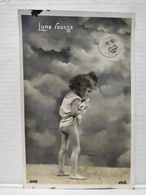 Enfant. Lune. Lune Rousse - Portraits