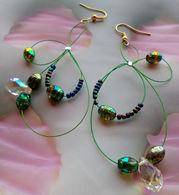 ORIGINALI ORECCHINI CON CAVETTO VERDE E PERLE - PEZZO UNICO - ARTIGIANALI - Earrings