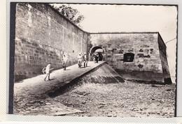 LE CHATEAU D'OLERON, RETOUR DE PECHE, PHOTO COMBIER MACON , A150B - Ile D'Oléron