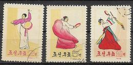 COREA DEL NORD 1964 DANZE NAZIONALI YVERT. 507-509 USATA VF - Corea Del Nord