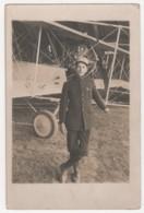 """° AVIATION ° AVIATEUR ? ° écrit Au Dos """"GUSTAVE SIGUST Guerre De 14-18"""" ° Insigne """"brevet De Pilote"""" °CARTE PHOTO ° - Aviateurs"""
