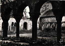 BRETAGNE - DAOULAS - LE CLOITRE DE L'ANCIENNE ABBAYE ROMANE AVEC SES ELEGANTES COLONNETTES DU XII SIECLE - Daoulas