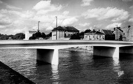Melun Le  Nouveau Pont - Melun