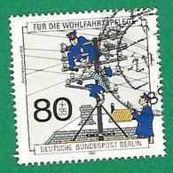 * 1990 N° 838 Histoire Des Postes Train Postal Oblitéré TB - [5] Berlin