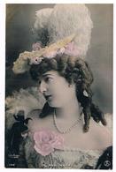 CPA : Madame Andrée Doyen MARCONNIER Par Reutlinger , Actrice - Théâtre