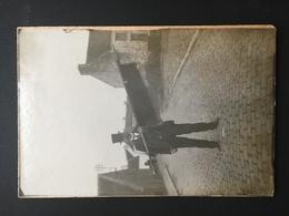 HEVILLERS - MONT SAINT GUIBERT - Homme Avec Drapeau - Explication Sur Verso - Mont-Saint-Guibert