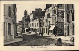 Cp Niort Deux Sèvres, La Rue Beaugier - France