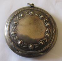Miroir De Poche Ancien En Argent 800/1000 - Diam. : 55 Mm - Poids : 25,7 Grammes - Accessoires