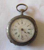 Montre De Gousset En Argent - N°24496 - Signée Touchard à Saint Lo - Diam. : 33 Mm - Poids : 32,1 Grammes - Horloge: Zakhorloge