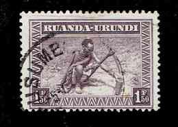 RUANDA URUNDI.(COB-OBP)  1937 - N°112  *SCENES INDIGENES, ANIMAUX ET PAYSAGES*    1,50F  Oblitéré Usumbura - 1924-44: Used