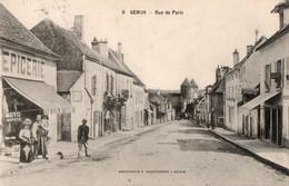 SEMUR - Rue De Paris (devant L'épicerie) - Semur