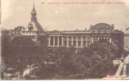 CPA - TOULOUSE - FACADE EST DU CAPITOLE - Toulouse