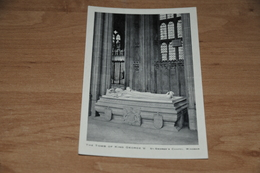7052-  THE TOMB OF KING GEORGE V. ST. GEORGE'S CHAPEL, WINDSOR - Religions & Beliefs