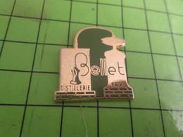 414A Pins Pin's / Rare & Belle Qualité THEME BOISSONS / DISTILLERIE BELLET BRIVE ALAMBIC - Beverages