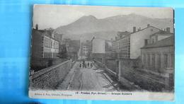 10. - PRADES (Pyr.-Or.) - Groupe Scolaire - Prades