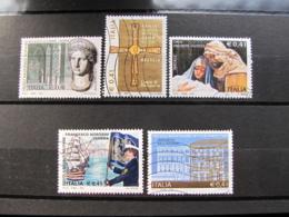 *ITALIA* LOTTO 5 USATI 2002 - PATRIMONIO ARTISTICO NATALE MOROSINI PREFETTIZIO - 6. 1946-.. Repubblica