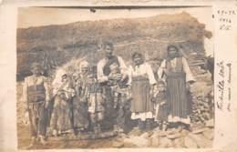 Serbie / 10 - Carte Photo - Famille Serbe - Serbie
