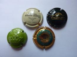 7 Muselets - Capsules & Plaques De Muselet