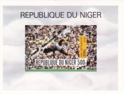 Niger Hb Michel 27B SIN DENTAR - Níger (1960-...)