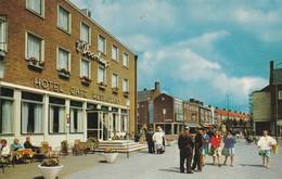 Postcard Emmeloord ,t Voorhuys Met Lange Nering My Ref  B12776 - Emmeloord