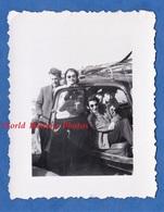 Photo Ancienne Snapshot - CHAMROUSSE - Beau Portrait De Garçon & Fille Dans Une Auto - 1953 - Citroen Traction ? Mode - Cars