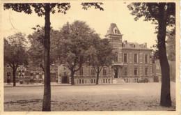 Chapelle Lez Herlaimont L'hotel De Ville Edit. Valere Voituron Cartes Vues - Chapelle-lez-Herlaimont