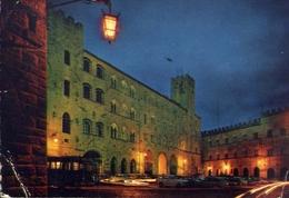 Volterra - Piazza Dei Priori - Notturno - Formato Grande Viaggiata – E 10 - Pisa