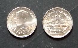 Thailand Coin Circulation 5 Baht Year 1991 UNC - Thailand