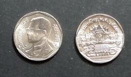 Thailand Coin Circulation 5 Baht Year 2001 UNC - Thailand
