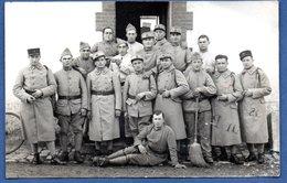 Carte Photo  -  Groupe De Soldats Français - War 1914-18