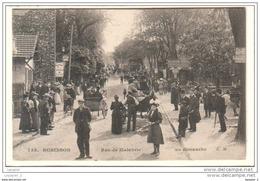 92 ROBINSON Rue De Malabrie Un Dimanche CPA ED. E.M.  N°738 - Le Plessis Robinson