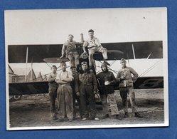 Photo  -  Equipage Devant Un Avion - War 1914-18