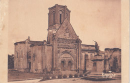 Vouvant (85) - Eglise Romane - France
