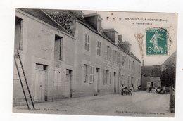 CPA 61 - Bazoches Sur Hoene ( Orne ) - La Gendarmerie , Animation, Enfants, Femmes - Bazoches Sur Hoene