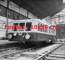 Reproduction D'une Photographie Ancienne D'un Autorail Type X5600 à La Gare St-Lazare à Paris En 1947 - Reproductions
