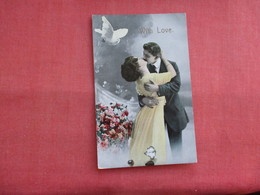 Couple Kissing  White Dove  Ref 3122 - Couples