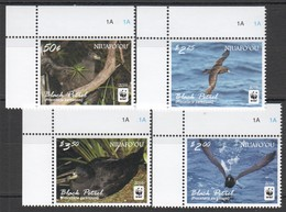 B606 2016 NIUAFO'OU WWF FAUNA BIRDS BLACK PETREL 1SET MNH - W.W.F.