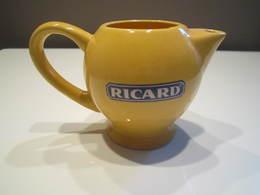 Carafe RICARD Anisette : Petit Pichet Ricard 20cl Poids : 227 Grammes Haut : 8 Cm - Carafes