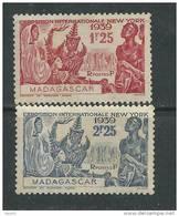 Madagascar N° 207 / 08 X  Exposition Internationale De New York, La Paire Trace De Charnière Sinon TB - Madagascar (1889-1960)