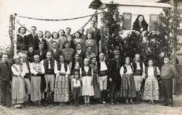 "Cpa : "" GITANIA "" Char De LA BAZOGE, Avril 1948, Fete De La Terre à NEUVILLE - France"