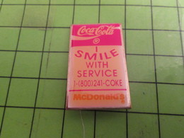 918A Pins Pin's / Rare & Belle Qualité THEME : COCA-COLA + Mc DONALD'S I SMILE WITH SERVICE - Coca-Cola