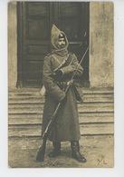 RUSSIE - RUSSIA - Belle Carte Photo Portrait D'un Soldat Russe Postée à SAINT PETERSBOURG Au Début Du XXème Siècle - Russia