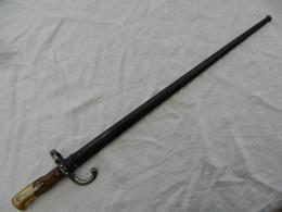 Baïonnette Avec Fourreau Même N° Pour Fusil Gras 1874 - Blankwaffen