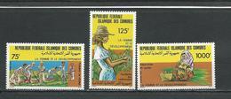 COMORES Scott 635-637 Yvert 447-449 (3) ** Cote 13,50 $ 1987 - Comores (1975-...)